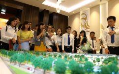 Senturia Vuon Lai Salesforce Meeting Event